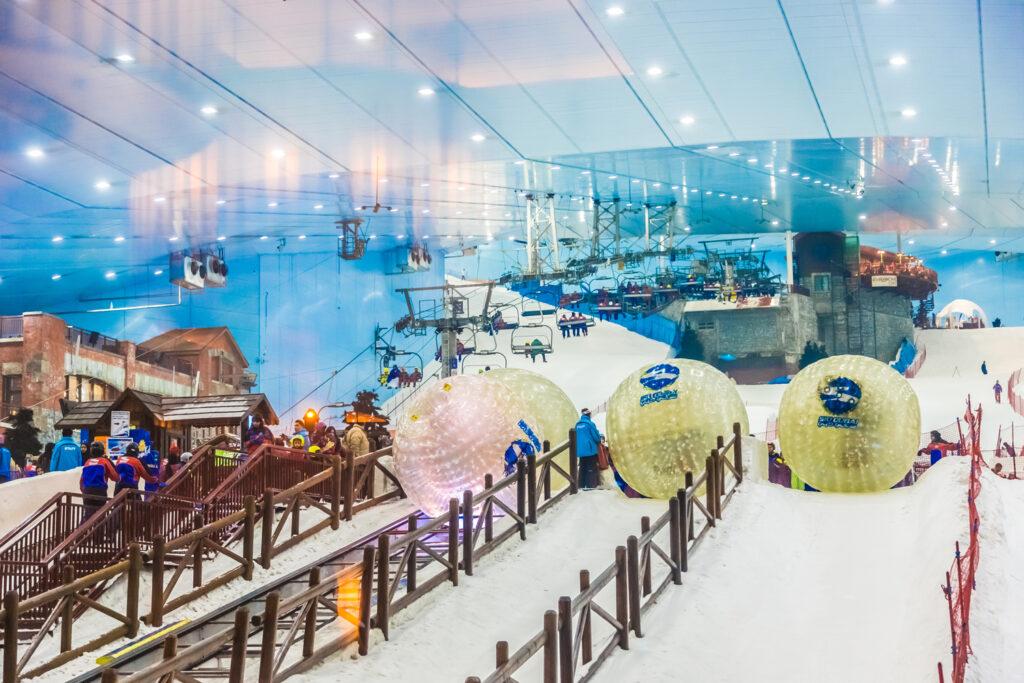 Ski Dubai attractions